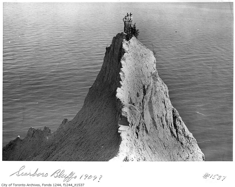 Scarborough Bluffs point City of Toronto Archives Fonds 1244 f1244_it537