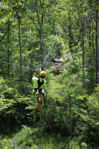 Zipline tour - photo: Visit Lorain County