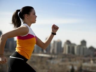 Woman-running-320x240