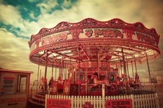 Merry_Go_Round_by_Aurelia24[1]