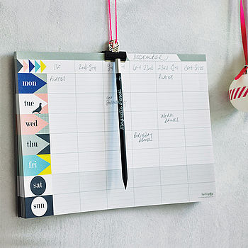 Five Of The Best Desk Planners Novelicious Com The Women S
