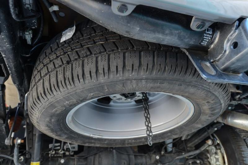 2019 Nissan Titan Platinum Reserve Full-Size Spare Tire