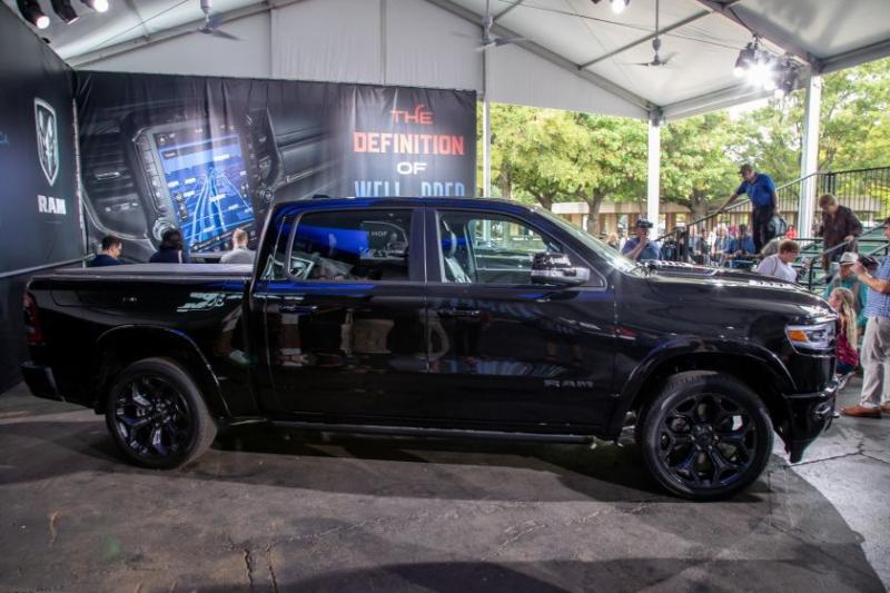2020 Ram 1500 Limited Black Edition Side Profile