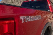 How Does Ford's 2020 Super Duty Tremor Compare to Ram Power Wagon, GMC Sierra AT4?