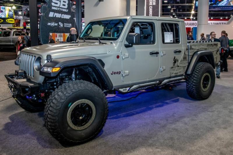 2020 Jeep Gladiator Alpine Equalizer Side Profile