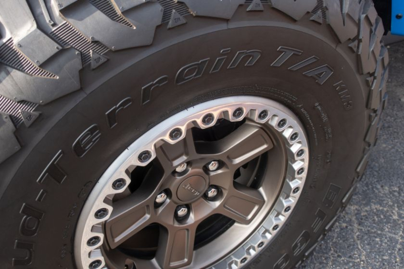 Jeep J6 Concept 37-Inch Tires