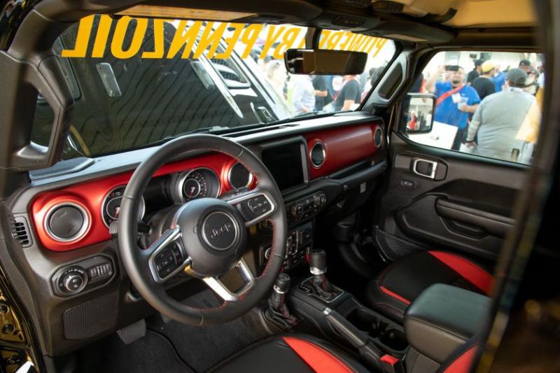 Jeep Gladiator Hennessey Maximus 1000 Cockpit