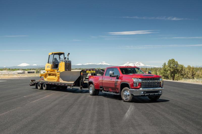 2021 Chevrolet Silverado HD Towing Construction Equipment