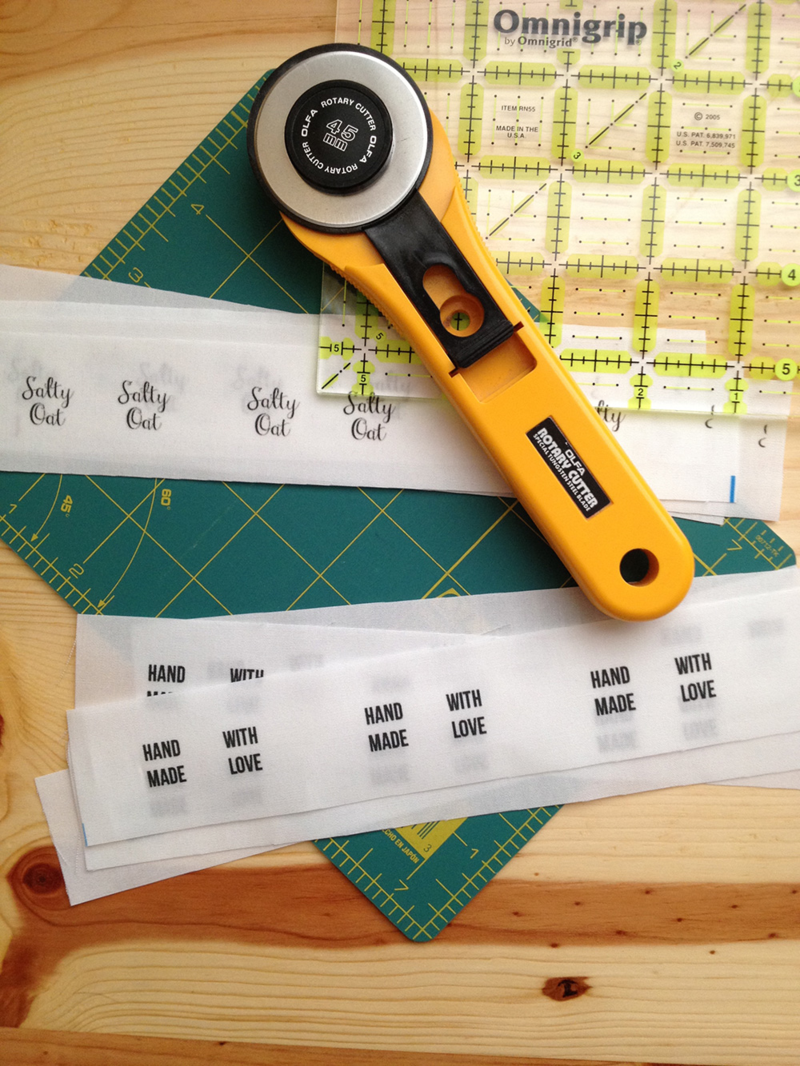 Cutting labels