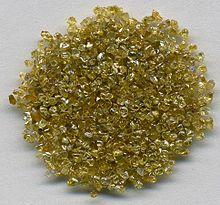 220px-Diamonds-_Zaire,_(DR_Congo)_(8458935824)