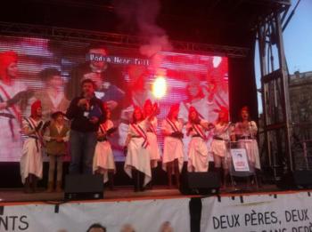 L - Marseillaise chantée sur le podium lyonnais