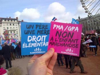 L - Slogans manif à Lyon