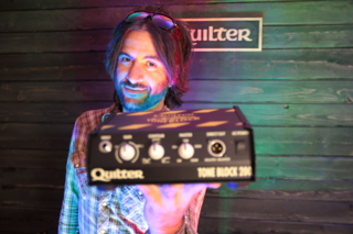 Rami Jaffee (Foo Fighters) Shows off the Tone Block 200