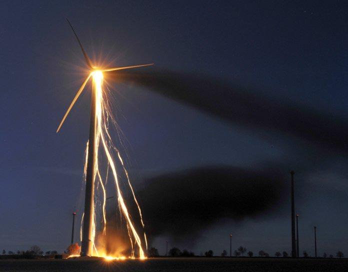 Wind turbine burning